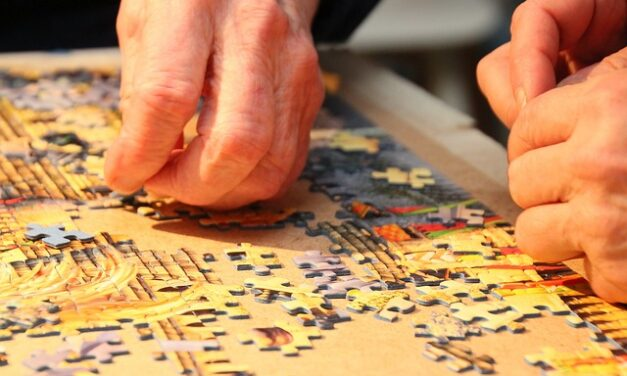 10 Tricks to doing jigsaw puzzles Faster