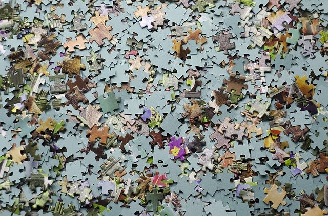 How can you recycle jigsaw puzzles?