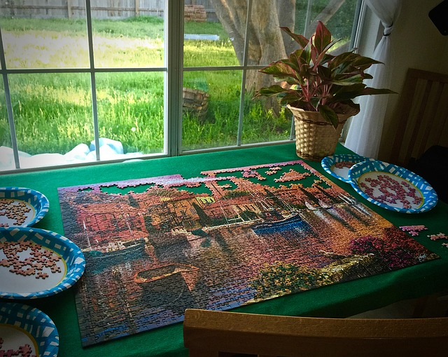 tricks to doing jigsaw puzzles